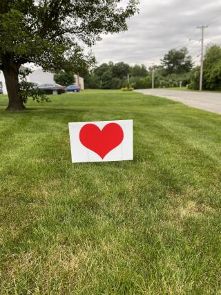 lawn heart signs